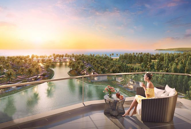 Từ ban công mỗi căn condotel, du khách có thể phóng tầm mắt ra một vùng cảnh quan cỏ cây, biển cả bao la rộng lớn.