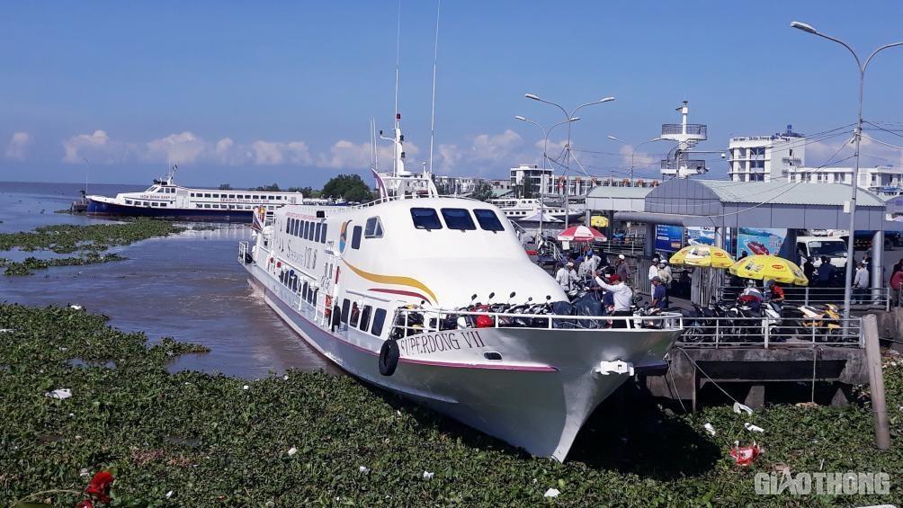 Bến cảng Rạch Giá hiện tại thường xuyên bị quá tải.