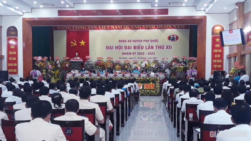 Quang cảnh Đại hội Đảng bộ huyện Phú Quốc lần thứ XII, nhiệm kỳ 2020- 2025