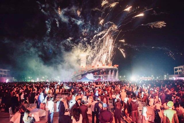 Lễ hội Count Down Vân Đồn 2019 diễn ra tại khu vực quảng trường nhạc nước