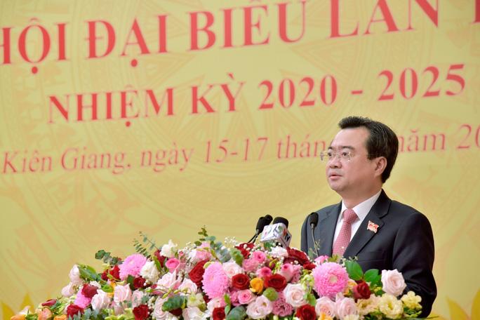 Ông Nguyễn Thanh Nghị phát biểu tại buổi khai mạc Đại hội đại biểu Đảng bộ tỉnh Kiên Giang khóa XI, nhiệm kỳ 2020-2025